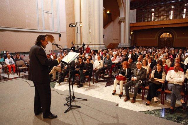 Actuación en el Edificio Pignatelli con motivo del Día de Aragón.