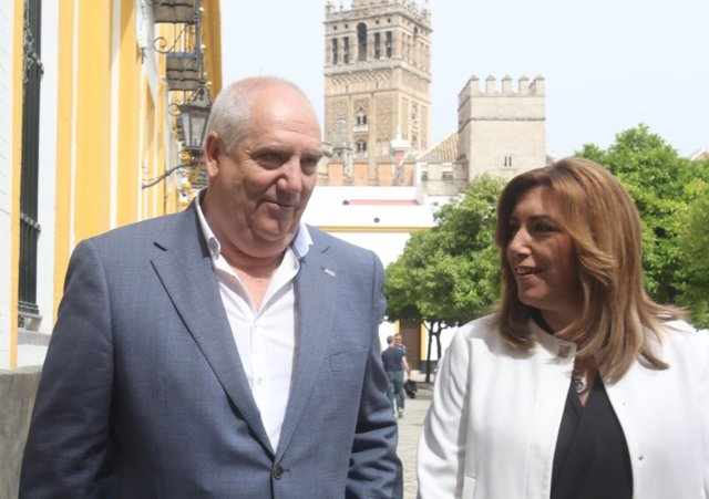 Susana Díaz, junto al secretario general de CCOO-A, Francisco Carbonero