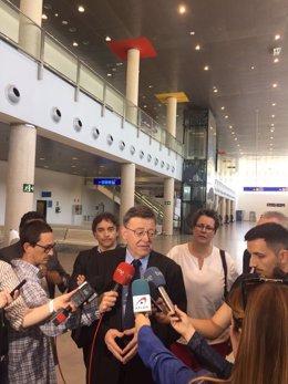 El 'president' ha visitado el aeropuerto de Castellón