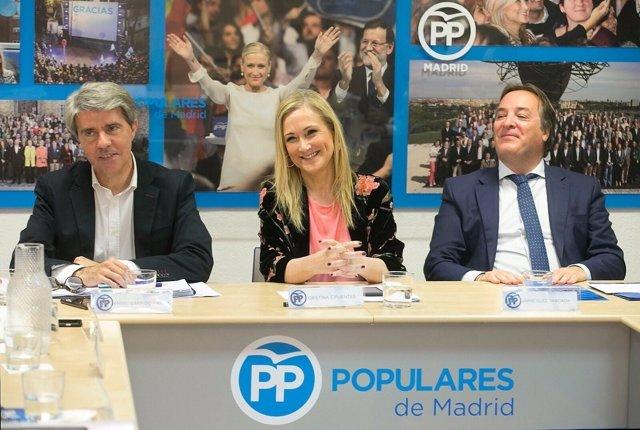 Cristina Cifuentes con Ángel Garrido y Jaime González Taboada