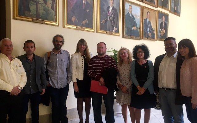 Moción institucional málaga libre de CIE 2017 rechaza construcción foto familia