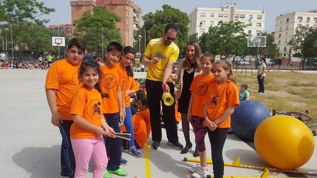 Ruiz durante las actividades en el CEIP Fernán Pérez de Oliva