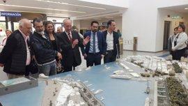 De la Torre se reúne con Antonio Banderas y Seguí para abordar el proyecto del Astoria