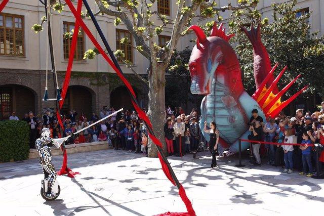 El Edificio Pignatelli ha acogido numerosos actos para celebrar el 23 de abril.