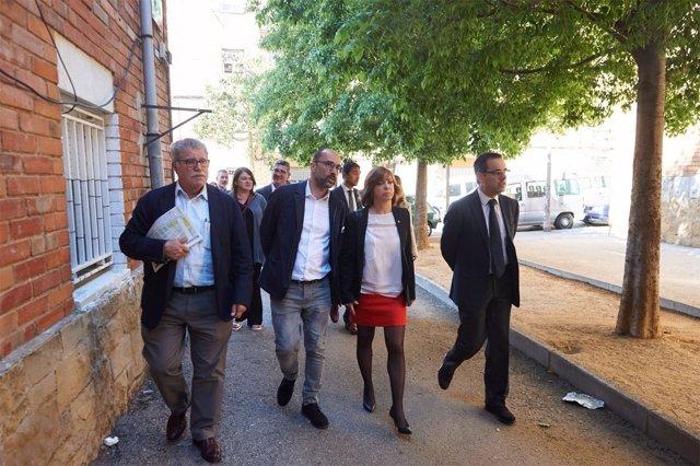 La consellera M.Borràs y el t.Alcalde de Terrassa M.Armengol en Terrassa