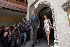 Los Reyes de España prosiguen en Tenerife su primera visita oficial a Canarias