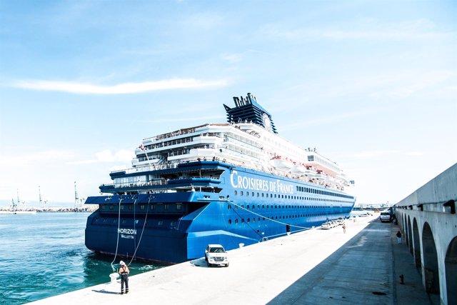 Crucero Horizon en el Puerto de Tarragona