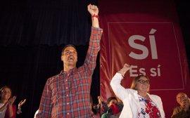 Pedro Sánchez mantiene en Córdoba un encuentro con militantes del PSOE