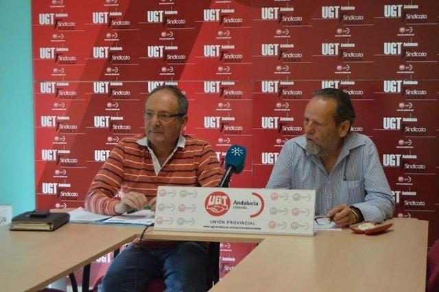 Sarmiento (izda.) y Torres en rueda de prensa