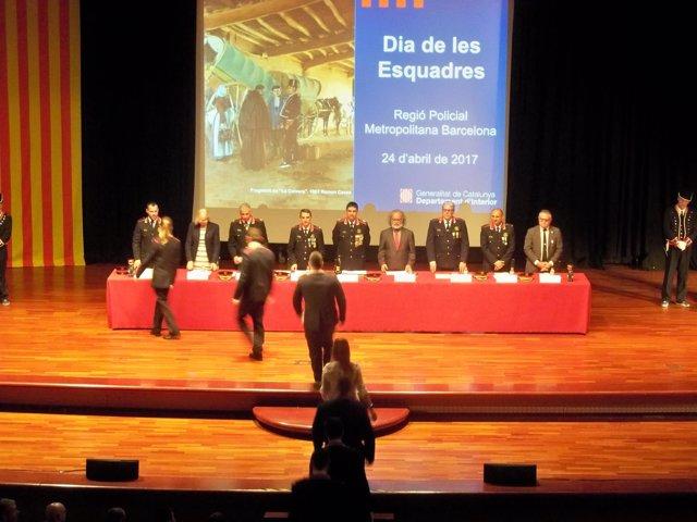 Dia de les Esquadres con el mayor J.L.Trapero y el comisario J.C.Molinero