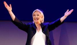 """Le Pen aparca su cargo en el Frente Nacional para ser """"presidenta de todos los franceses"""""""