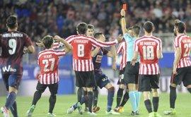 """Pedro León: """"El nivel del árbitro no ha sido de Primera División"""""""