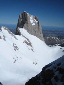 Picu Urrillu, en el macizo central de Picos de Europa.