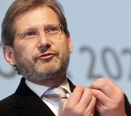 Hahn pide a los países de la UE cambiar su postura hacia Turquía y buscar nuevas relaciones con Ankara