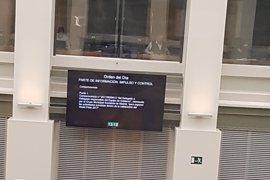Henríquez de Luna ocupa en el Pleno el asiento de Aguirre un día después de su dimisión