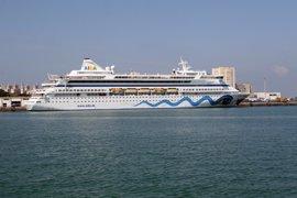 La Junta expresa su apoyo a que el Puerto de Cádiz sea base de cruceros