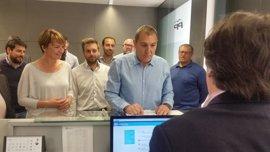 Jeroni Salom presenta 450 avales para volver a presidir el PP de Mallorca