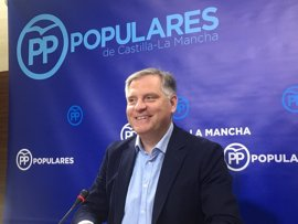 "PP contesta que la Comisión ""echaría a andar si Podemos quisiera"""