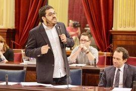 """Vidal pide que se dejen de """"demonizar"""" los contratos menores y pide al PP que """"no dé lecciones"""""""