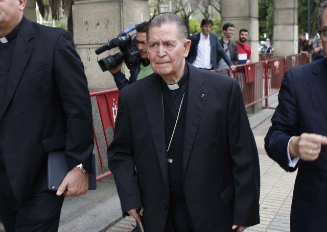 Antonio Ceballos, obispo emérito de Cádiz, acude a declarar por el caso ERE
