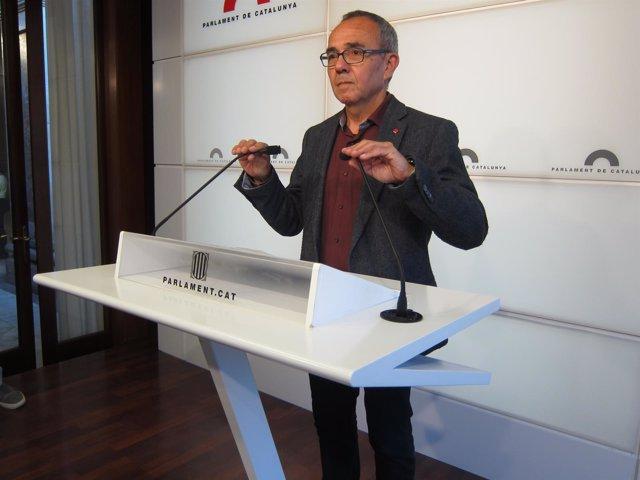 El portavoz de SíQueEsPot en el Parlament, Joan Coscubiela
