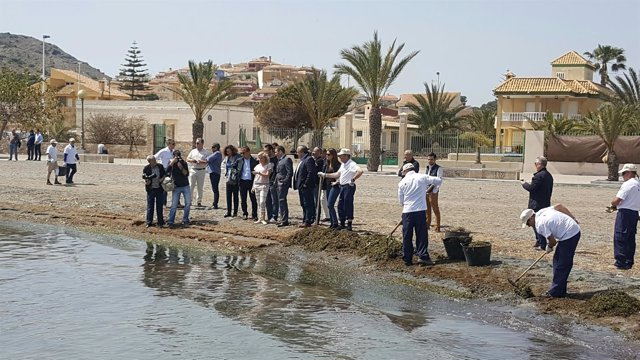 Cachá junto a alcaldes en Mar Menor