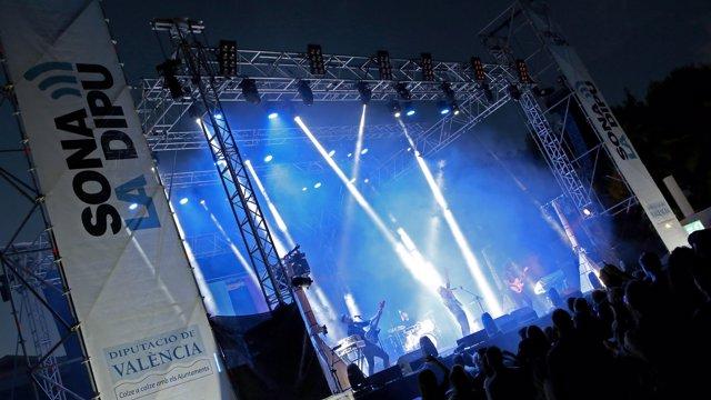 Imagen de un concierto de Sona La Dipu