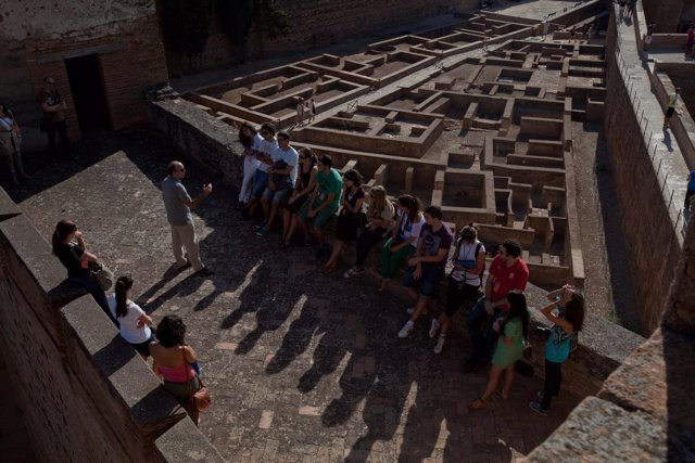 Visitas de granadinos a la Alhambra