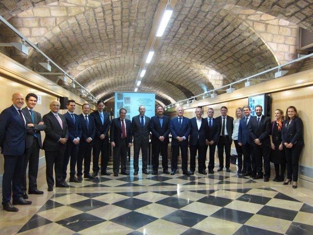 Soro junto a los directores generales de Carrreteras de las CCAA