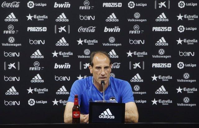 Voro, entrenador del Valencia C.F.