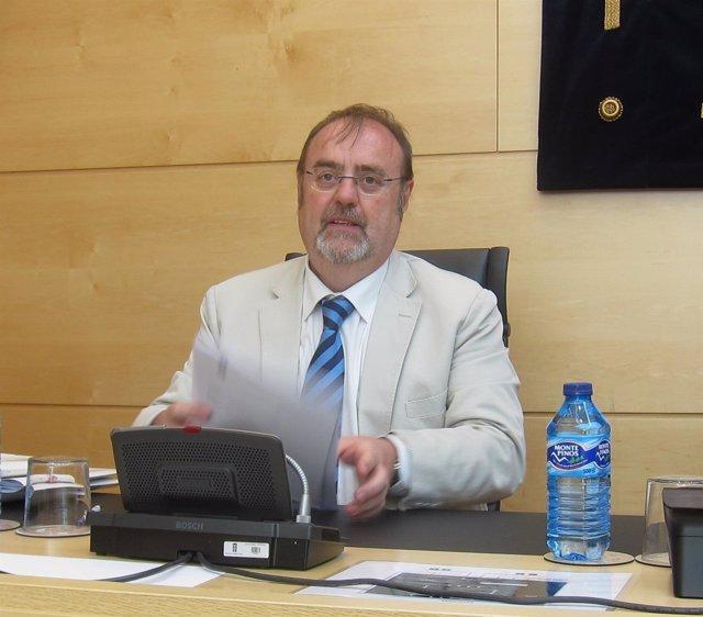 El consejero de Educación de la Junta, Fernando Rey