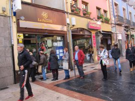Dos boletos premiados de la BonoLoto reparten 170.125 euros en Gijón