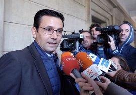 El alcalde de Granada rechaza que secciones del TSJA se ubiquen en Sevilla y Málaga