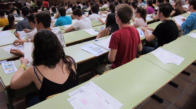 Examen de Selectividad 2015