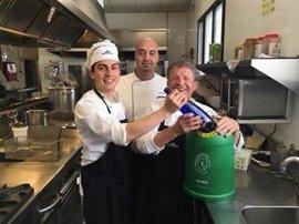 Paradores se suma a 'La Gran Cadena' de Ecovidrio para impulsar el reciclaje de envases en sus establecimientos