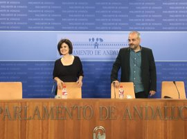 """Podemos pide que la Fiscalía investigue el funeral de Utrera Molina, """"una traición a las víctimas"""""""