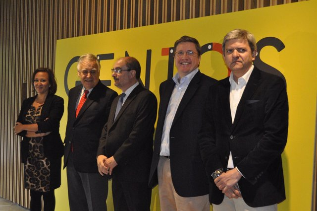El presidente del Gobierno de Aragón, Javier Lambán, en el acto de 'Geni10s'.