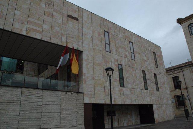 Zamora.- Banderas a media asta en Zamora