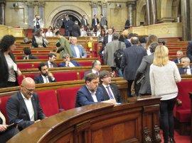 El Parlament aprueba el impuesto de 'bienes de lujo' gracias a JxSí, CUP y SíQueEsPot