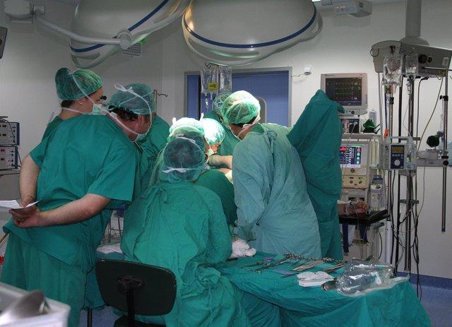 Operación En El Hospital De Elda