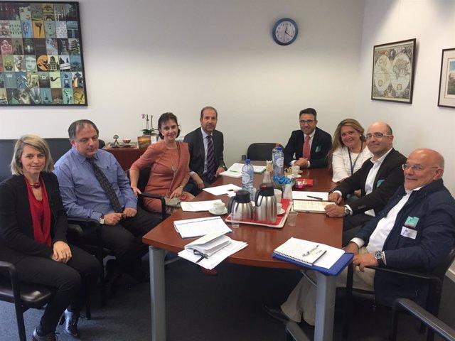ARAG-ASAJA se reúne en Bruselas para pedir revisión liberalización viñedo