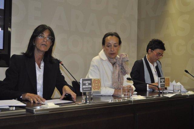 Las diputadas del PP Aragón María José Ferrando, Carmen Susín y Ana Marín.