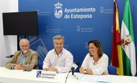 El Ayuntamiento de Estepona crea un fondo social para adecuar viviendas de vecinos con escasos recursos económicos