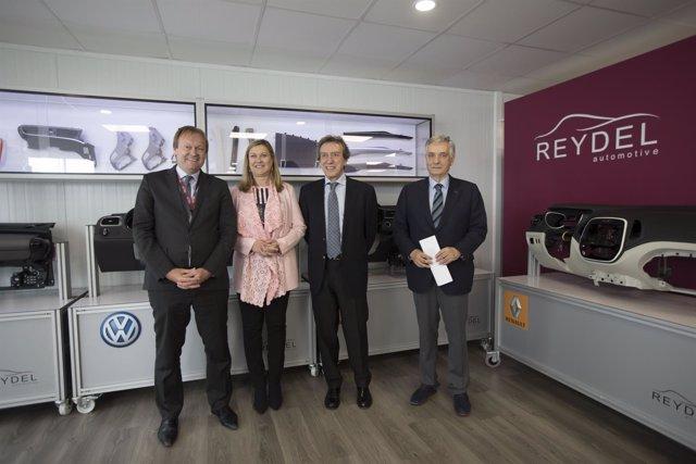Rioseco:_ el presidente de Reydel (I), Del Olmo, el vicepresidente y Domínguez
