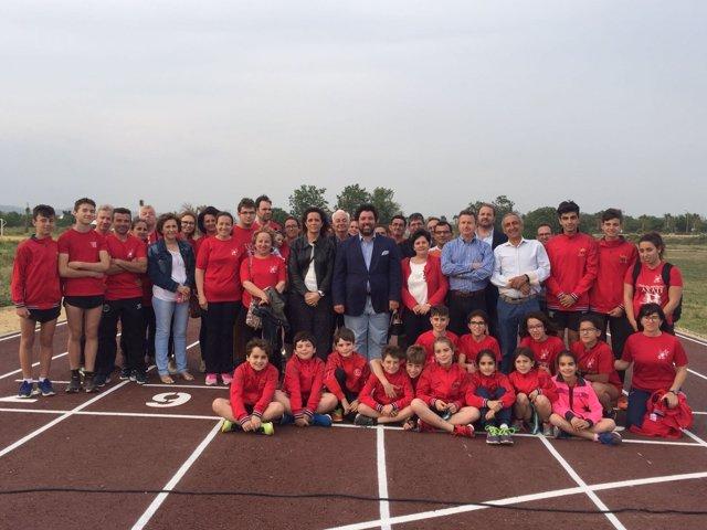 Inauguración de la pista de atletismo de Lora