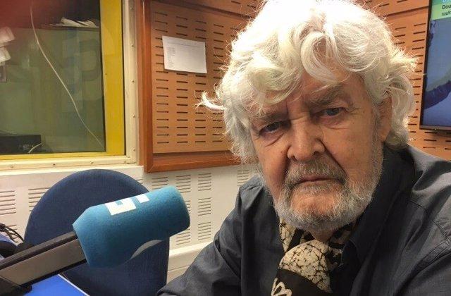 Xosé Manuel Beiras, en la Radio Galega