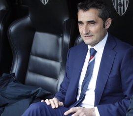 """Valverde: """"El objetivo es ganar todo y no podemos andarnos con historias"""""""