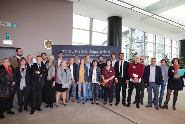 Eurodiputados en el 80º aniversario del bombardeo de Gernika
