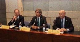 Los representantes de AMYTS, AFEM y el Colegio de Médicos