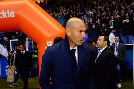 """Zidane: """"Isco lo demuestra en el campo, ha hecho un partido tremendo"""""""